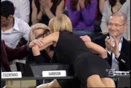 Amici 8 (Maria De Filippi bacia Sandra Mondaini) @ Davide Maggio .it