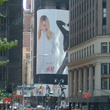 Madonna H&M ad NYC @ Davide Maggio .it