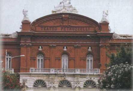 Teatro Petruzzelli @ Davide Maggio .it