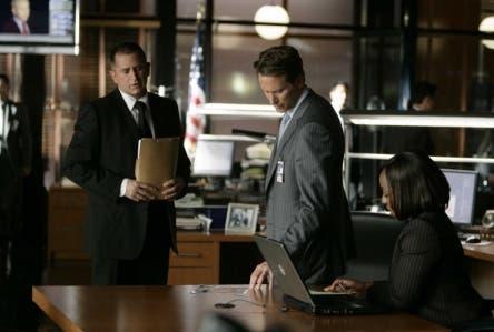 Senza Traccia (Steven Weber, Anthony La Paglia, Marianne Jean Baptiste nell'episodio Closure)