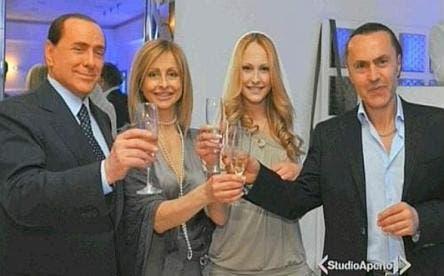 Silvio Berlusconi alla festa di Noemi