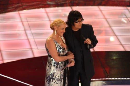 Renato Zero e Antonella Clerici (Ti lascio una canzone)