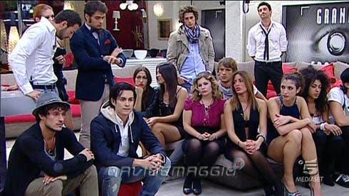 Grande fratello 11 la quarta puntata in diretta su dm con for Vieni da me di chi era la casa misteriosa