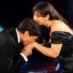 Festival di Sanremo 2011 - Monica Bellucci e Gianni Morandi nella quarta puntata (via ANSA)