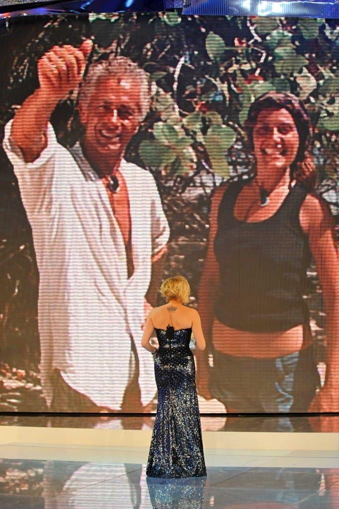 Isola dei Famosi 8 - sesta puntata - Simona Ventura e nel ledwall i nominati Raffaele Paganini e Roberta Allegretti