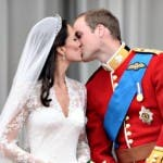 William e Kate, il bacio