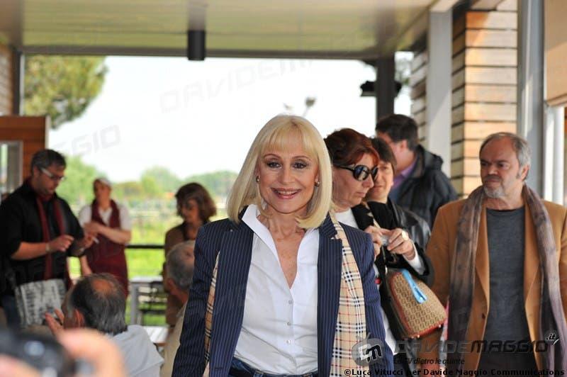 Eurovision Song Contest 2011: Raffaella Carrà 13