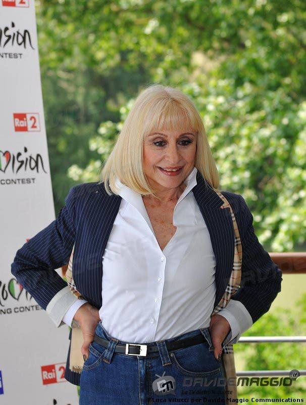 Eurovision Song Contest 2011: Raffaella Carrà 7