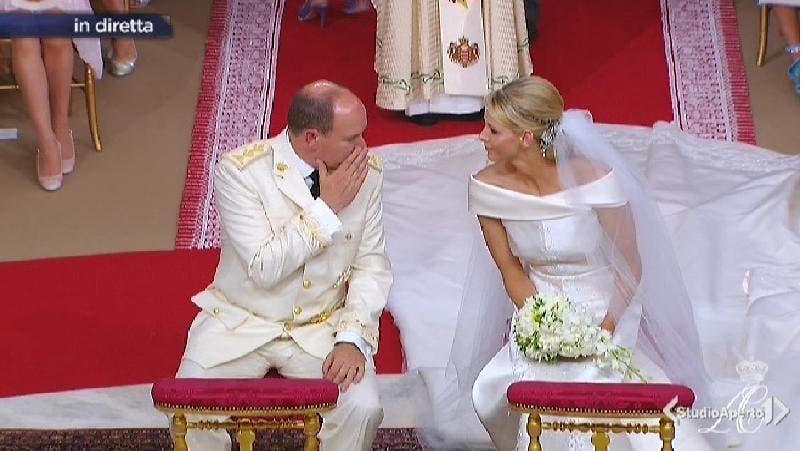 Matrimonio Romano Alberto Angela : Matrimonio di montecarlo le foto alberto monaco e