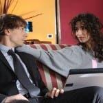 L'amore non basta (quasi mai) guida tv del 15 agosto 2011