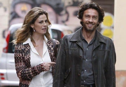 I Cerchi Nellacqua Mistero E Sentimento Con Alessio Boni E Vanessa