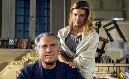 Lando Buzzanca e Martina Colombari in Il Restauratore
