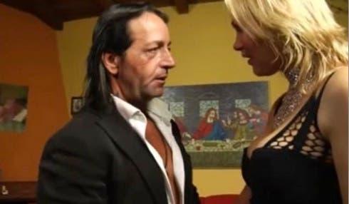 Davide Di Porto in una scena del film porno