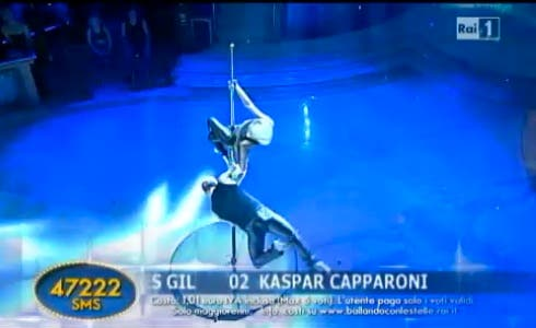 La Pole Dance di Kaspar Capparoni
