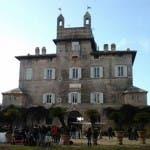 Il castello maledetto di Pietrarossa, la nuova location de Le tre rose di Eva 2