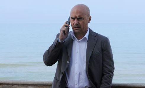 Il Commissario Montalbano (Foto Fabrizio Di Giulio)