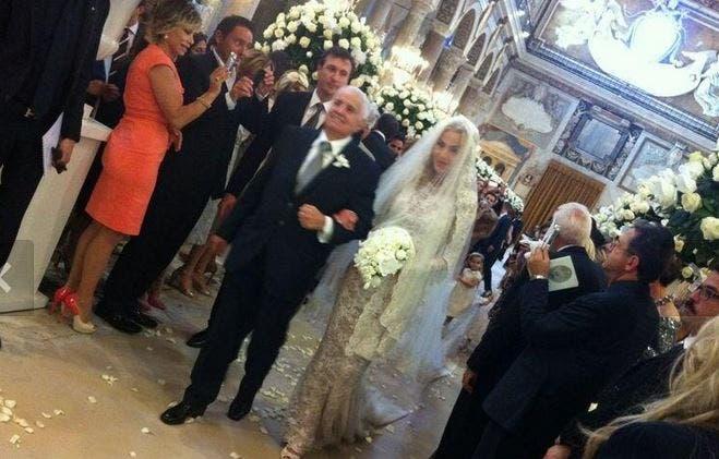 Matrimonio In Russo : Matrimonio di valeria marini in tv pif e cuccarini