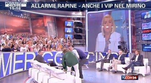 Ana Laura Ribas sviene in diretta a Pomeriggio Cinque