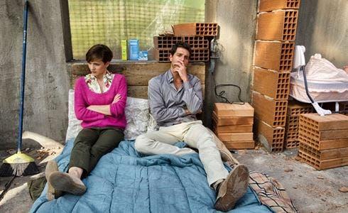 Camilla Filippi e Giampaolo Morelli in Una villa per due