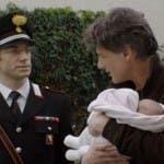 Le Tre rose di Eva 2 - Alessandro porta via la figlia ad Aurora