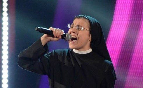 Suor Cristina Knockout