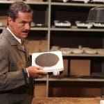 Massimo Dapporto in Mister Ignis - L'operaio che fondò un impero