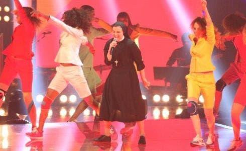 Suor Cristina al primo Live Show di The Voice 2