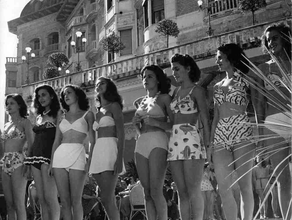 Miss Italia 1947 - Lucia Bose' (prima a sinistra) e Gina Lollobrigida (terza da sinistra)