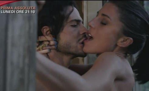 Marco Bocci e Francesca Valtorta in Squadra Antimafia 6