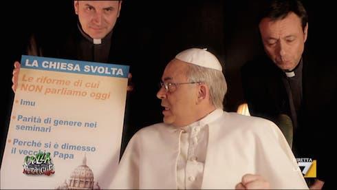 Crozza - Parodia Papa Francesco