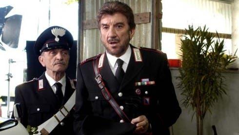 Sergio Fiorentini (Cacciapuoti) con Gigi Proietti ne Il Maresciallo Rocca