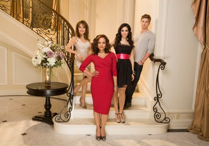 Devious Maids 2 - season finale