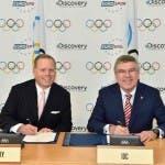David Zaslav and President Bach 2. Credit_IOC Christophe Moratal