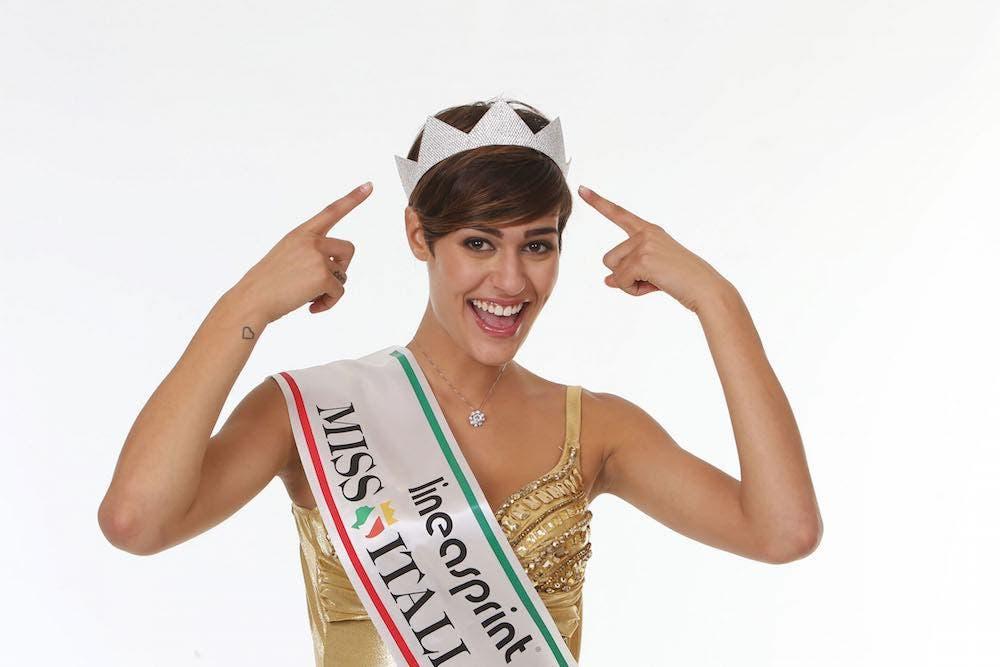 Alice Sabatini Miss Italia 2015  3fd3e63602be