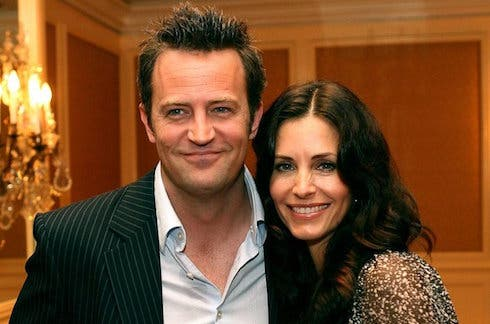 Friends | Courtney Cox e Matthew Perry fidanzati ...