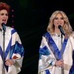 Paola Cortellesi e Laura Pausini versione Abba