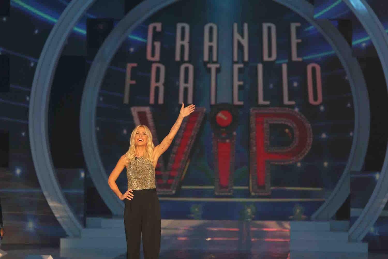 Ilary Blasi - GF VIP - puntata 1