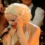 Giulia Luzi imita Christina Aguilera