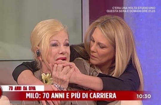 Sandra Milo piange a Storie Vere