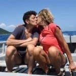 Bacio tra Eva Grimaldi e Imma Battaglia