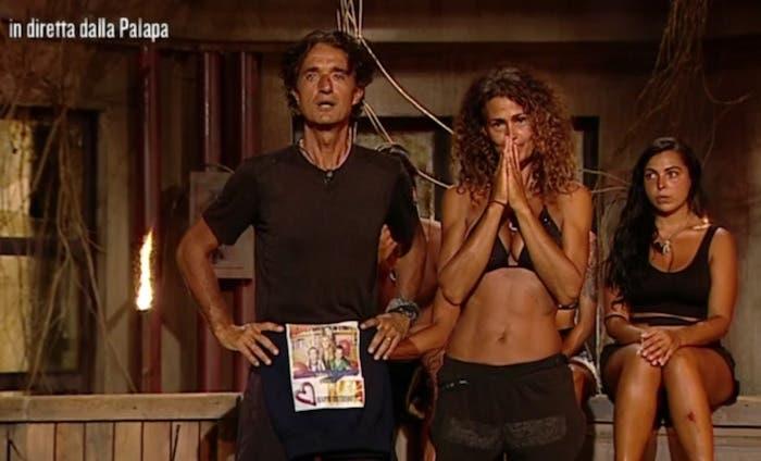 Isola dei Famosi 2017: Samantha De Grenet perde al televoto e rifiuta di rimanere tra i Primitivi