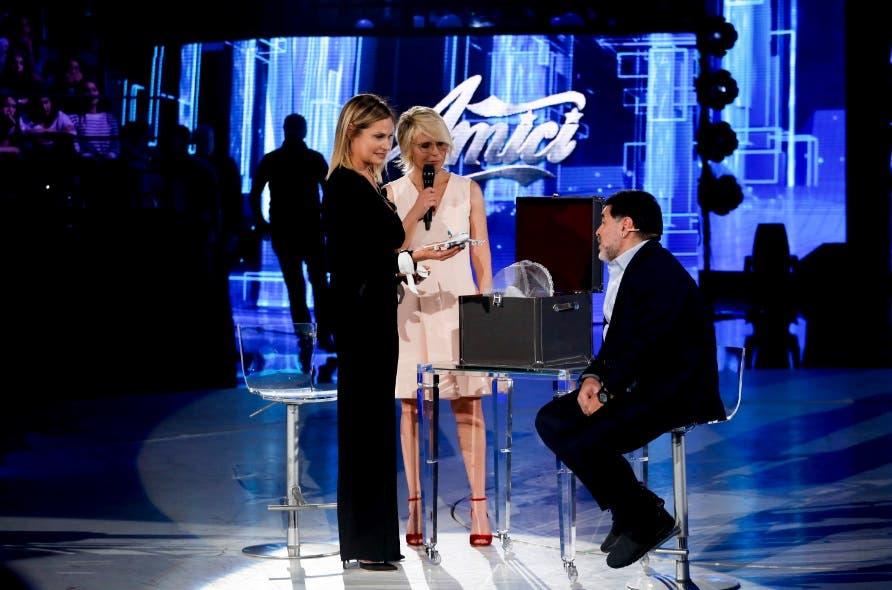 Maria De Filippi, Simona Ventura e Maradona - Amici 2017