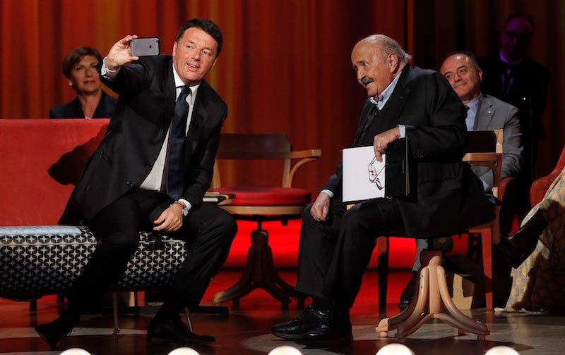 Maurizio Costanzo Show saluta con Matteo Renzi e il ricordo della strage di Capaci – foto