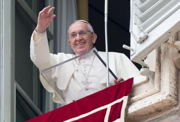 Papa Francesco, appello per i dipendenti Mediaset di Roma: «Auspico soluzione, non c'è solo il profitto» – Video