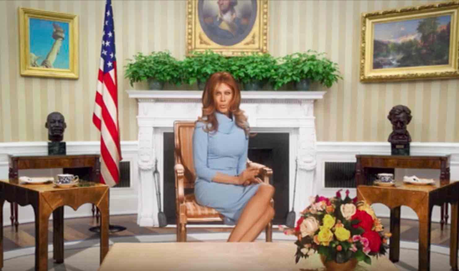 Virginia Raffaele imita Melania Trump