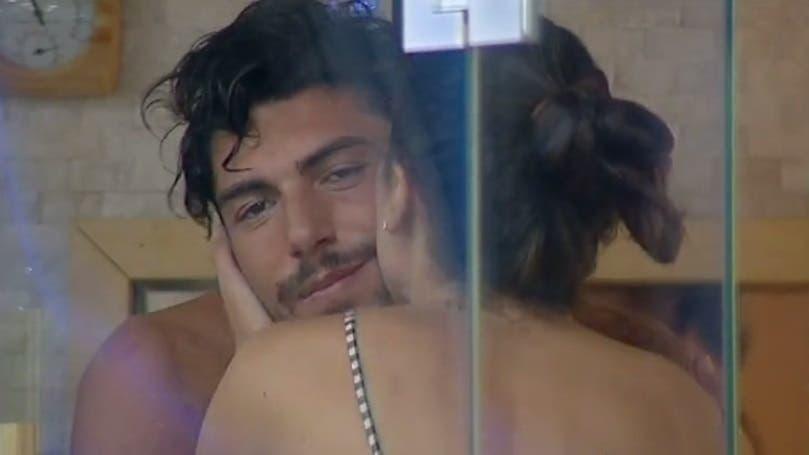 Cecilia e Ignazio si baciano - GF Vip 2017