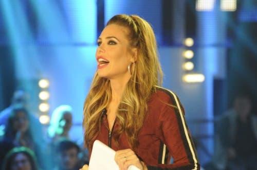 Grande Fratello Vip 2017, settima puntata del 23 ottobre in diretta: faccia a faccia tra Corinne Cléry e Serena Grandi. Ospite Marcella Bella