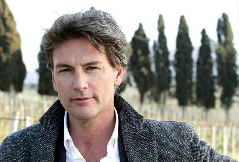 Le Tre Rose di Eva 4 - Roberto Farnesi (Alessandro Monforte)