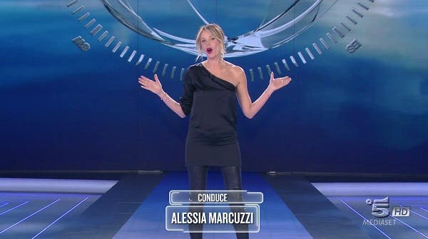 Alessia Marcuzzi - Sesta puntata Isola dei Famosi 2018
