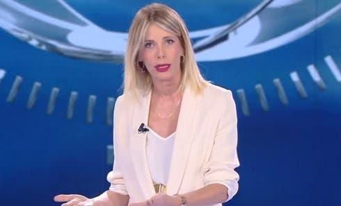 Isola: Marcuzzi sotto scacco replica a Striscia